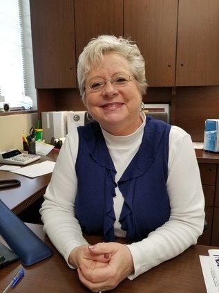 Brenda Cantrell retires.jpg