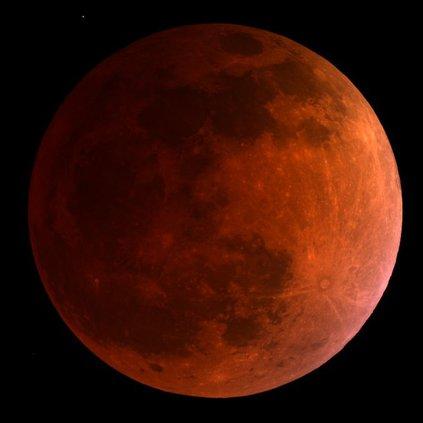 5-  blood moon eclipse.jpg